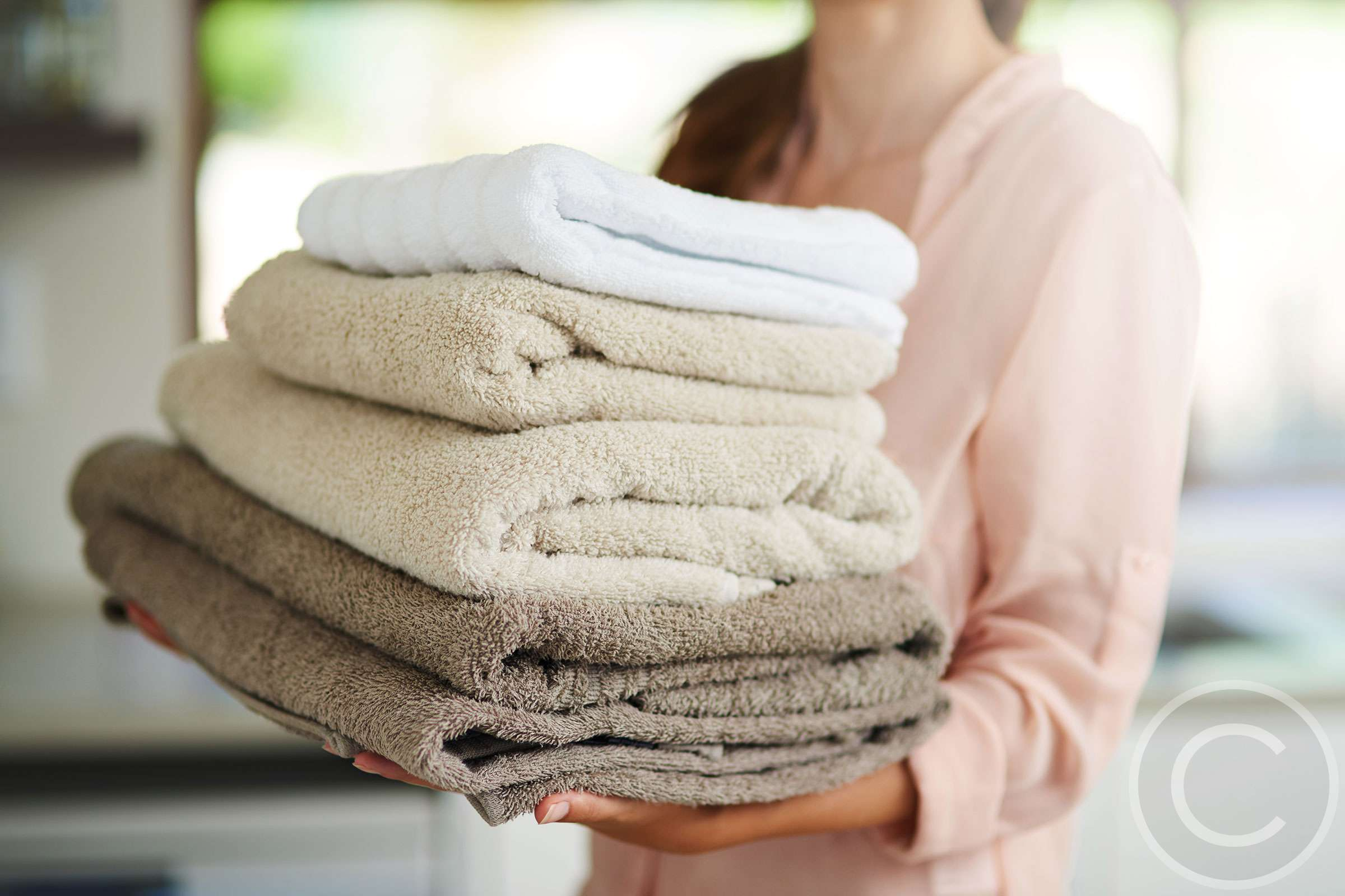 How to Choose the Right Housekeeping Service